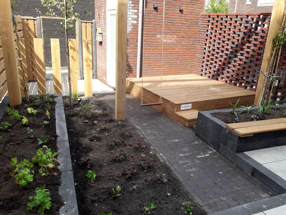 tuin met verschillende niveaus